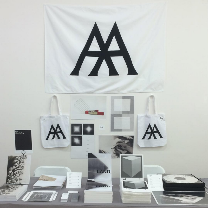 NYABF15 Clear As Day Table